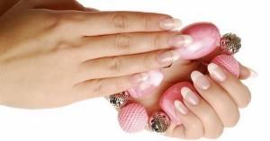 слоение ногтей