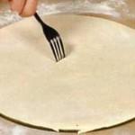Как приготовить тонкий корж для пиццы?