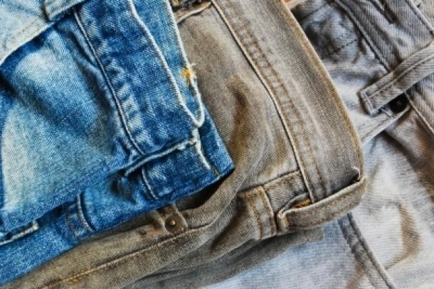 Как постирать джинсы