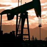 Цена на нефть Brent впервые с ноября превысила $64