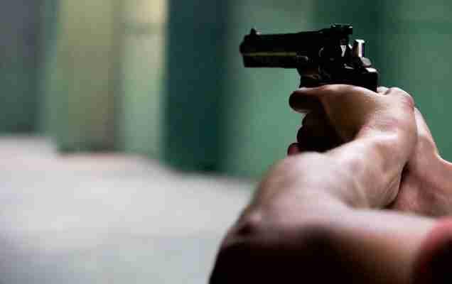 стрельба возле ночного клуба