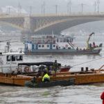 В Будапеште затонуло прогулочное судно с 34 туристами